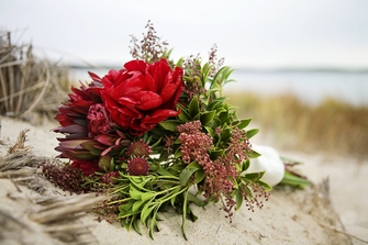 Simple, beautiful, custom wedding bouquet
